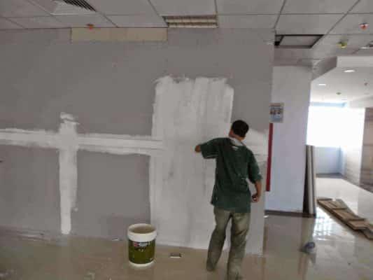 Sơn lại màu tường theo yêu cầu khách hàng