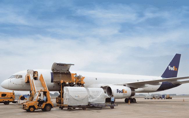 Dịch vụ vận chuyển hàng không là gì